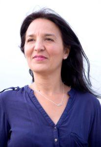 Nora Hajeb coach en développement personnel